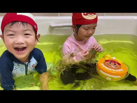 アンパンマンどこでもシャワー🛀 Anpanman Shower Toy